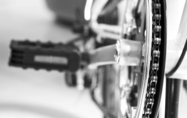 Gros plan sur des pièces de vélo