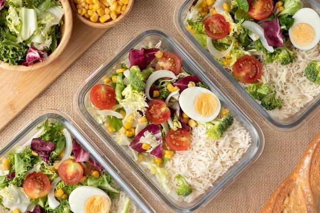 Gros plan sur la planification des aliments et des repas nutritionnels