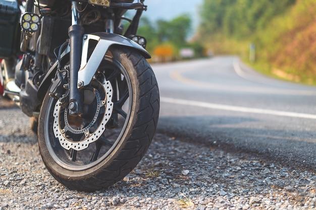 Gros plan de pneu de bigbike