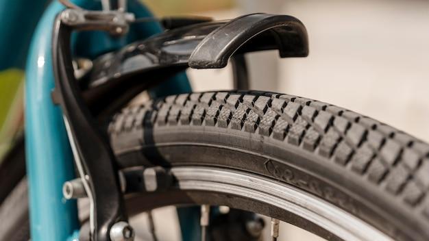 Gros plan de roue de vélo