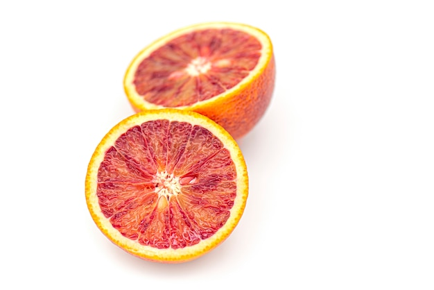 Gros plan, rouges sang, oranges, agrumes, isolé