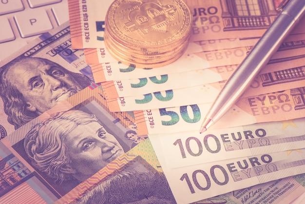 Gros plan, stylo, monnaie, monnaie, ton, cru