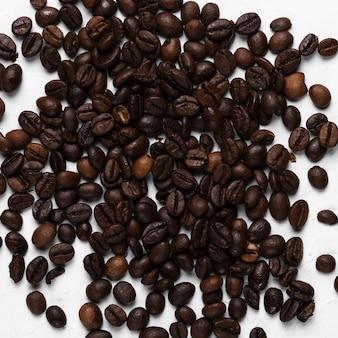 Gros plan de traitement de grains de café au spa