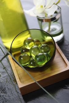 Gros plan, vert, perles bain