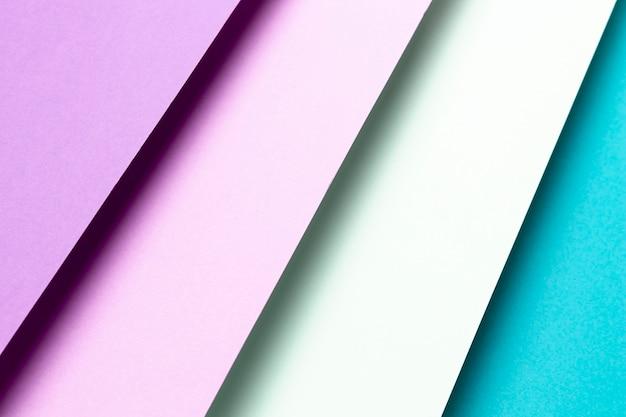 Gros plan, vue haut, modèle bleu et violet