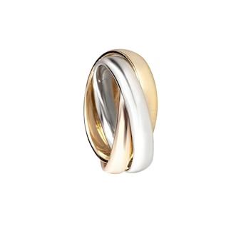 Groupe de bagues de mariage de diamants trois couleurs sur fond blanc macro cartier isolé
