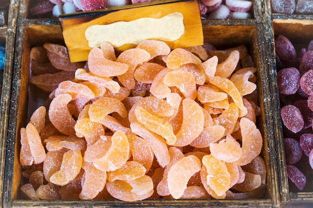 Groupe de bonbons à l'orange