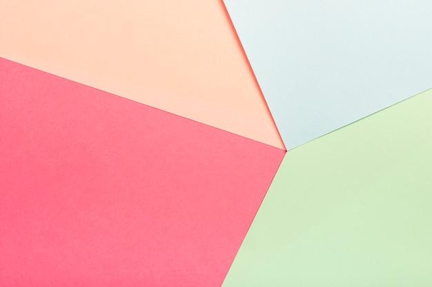 Groupe de feuilles de carton pastel