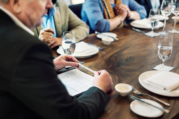 Groupe de personnes business meeting concept