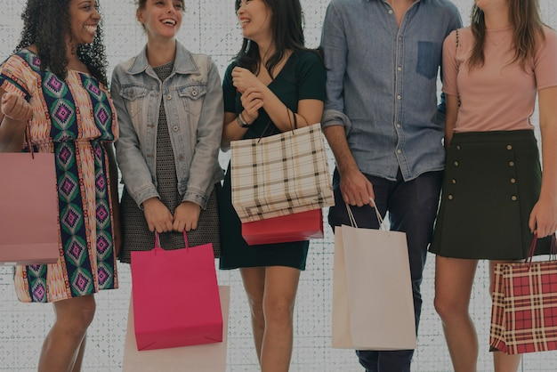 Groupe de personnes shopping concept