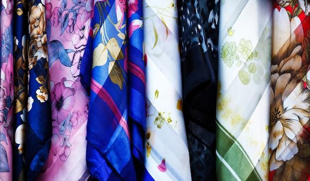 Groupe de tissu de style thaïlandais traditionnel