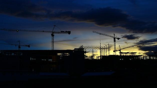 Grue et construction