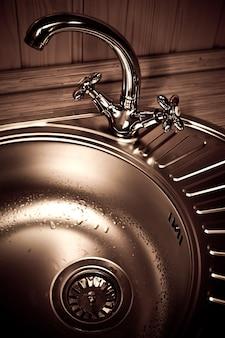La grue à eau de la cuisine
