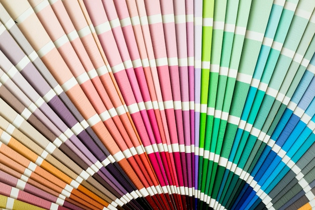 Guide de couleur agrandi