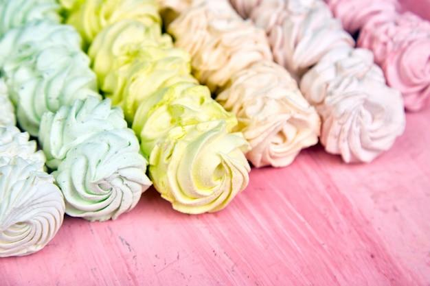 Guimauve maison sucrée, fond de zephyr pastel multicolore