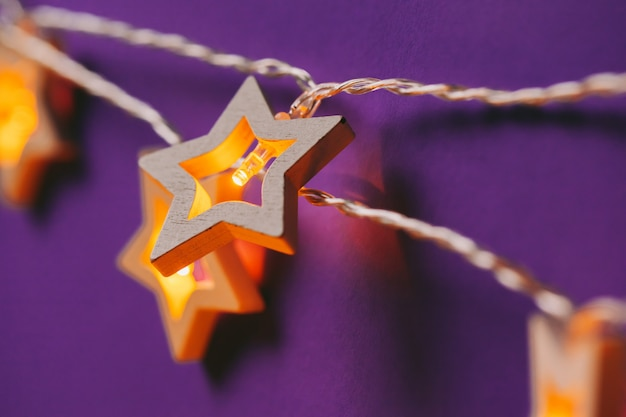 Guirlande lumineuse en forme d'étoile