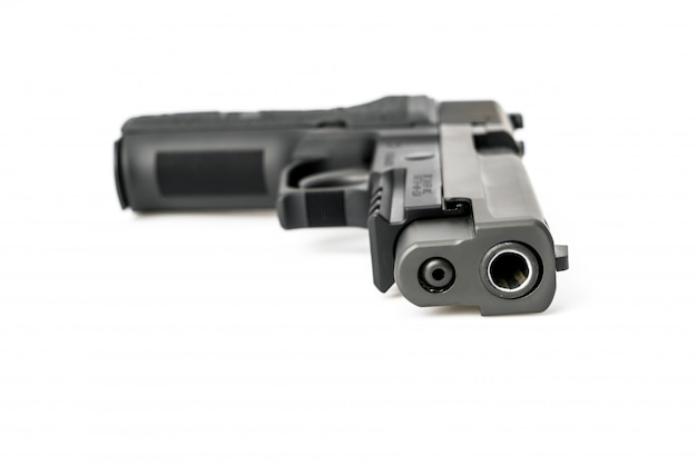 Gun isolé sur fond blanc