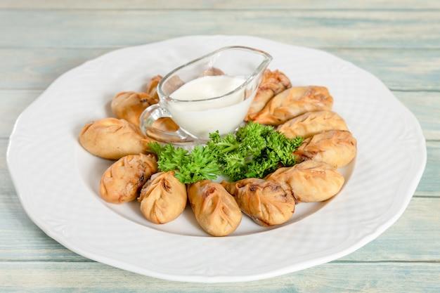 Gurza - boulettes de viande de boeuf et de mouton traditionnelles azerbaïdjanaises frites