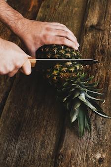 Guy à l'ananas