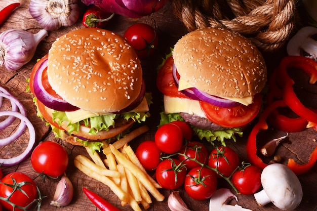 Hamburger américain frais