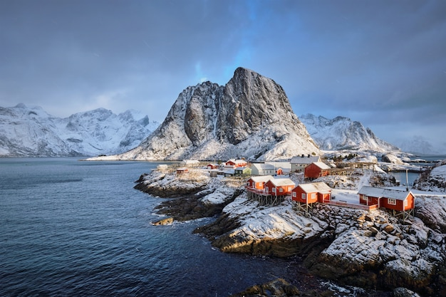 Hamnoy village de pêcheurs sur les îles lofoten, norvège