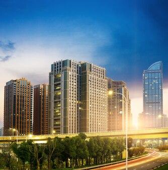 Hangzhou, zhejiang, chine, bâtiments de loisirs et de grande hauteur du public.