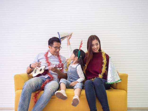 Happy family fait des activités ensemble, concept de famille