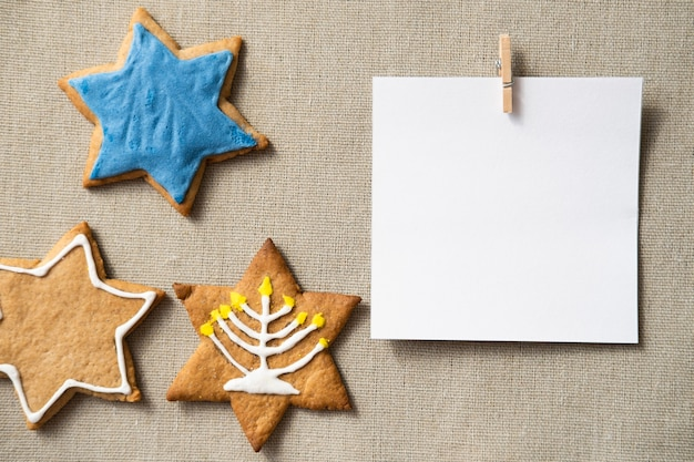 Happy hanukkah star of david cookies et copie carte espace
