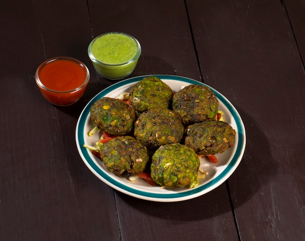 Hara bhara kabab ou kebab est une collation végétarienne indienne