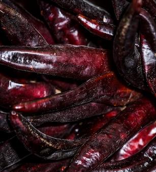 Haricots secs rouges en vente sur le marché