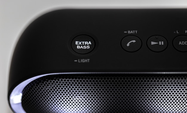 Haut-parleur bluetooth noir avec lumières