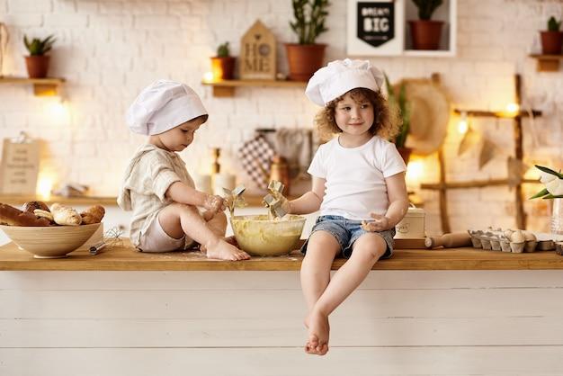 Héhé, cuisiner dans la cuisine