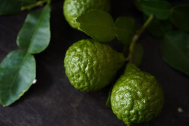 Herbe thaïlandaise bergamote verte fraîche pour spa