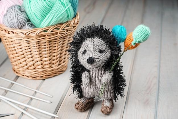 Hérisson tricoté avec des ballons