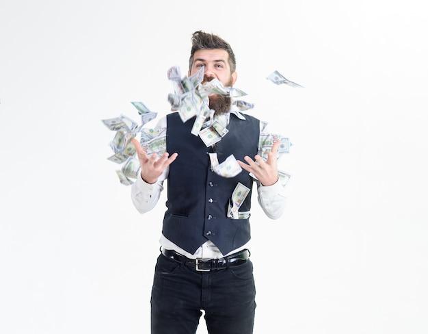 Heureux homme d'affaires gagnant jette de l'argent billets de banque dollars succès commercial concept richnesswealth très