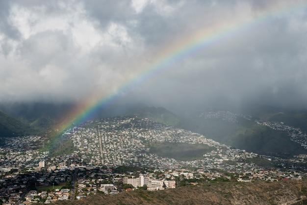 High angle de vue d'une ville vue de diamond head, kapahulu, saint-louis, honolulu, oahu, hawaï, états-unis