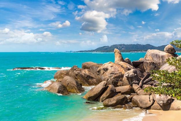 Hin ta hin ya - grandfather rock sur l'île de koh samui, thaïlande
