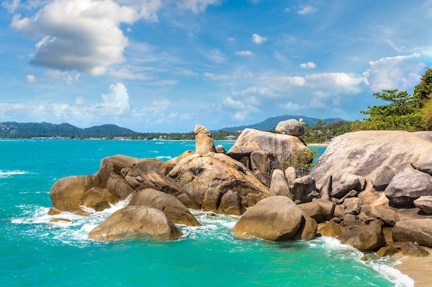 Hin ta hin ya - grandfather rock sur l'île de koh samui