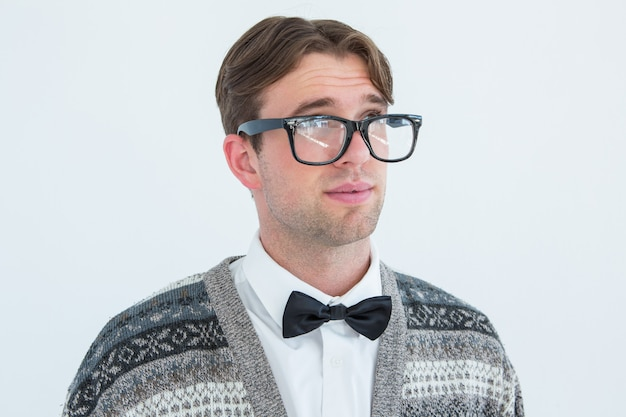 Hipster geek réfléchie