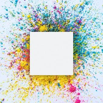 Holi cadre de couleurs. festival holi fond avec fond.