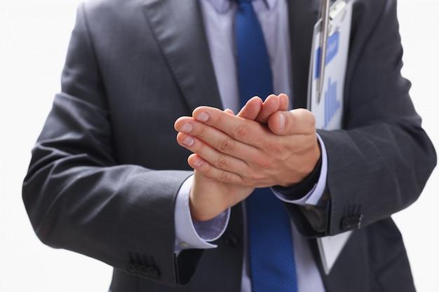 L'homme d'affaires applaudit lors d'un séminaire