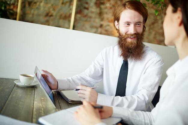 Homme affaires, conversation, client