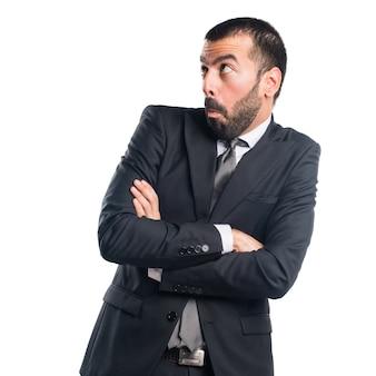 Homme d'affaires faisant un geste sans importance
