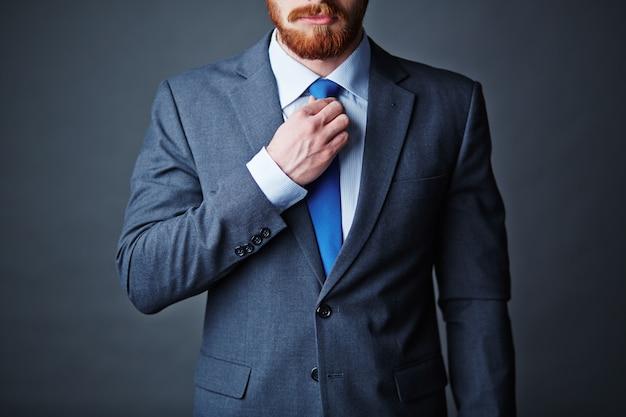 Homme d'affaires jeune adulte d'affaires d'affaires