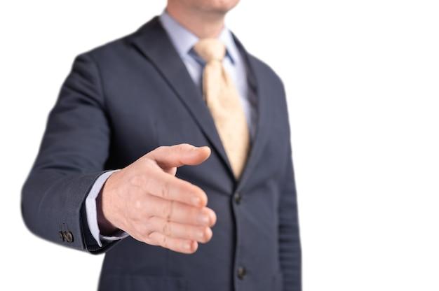 Homme d'affaires avec sa main prête pour une poignée de main
