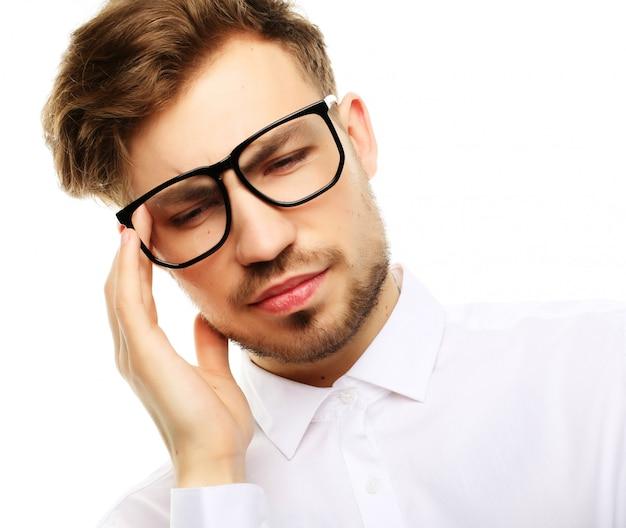 Homme d'affaires a souligné la pression maux de tête inquiétude