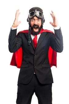 Homme d'affaires super-héros frustré