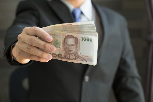 Homme affaires, tenue, argent, thaï, baht