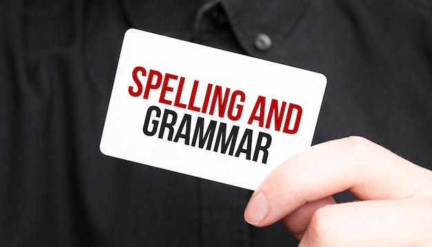Homme affaires, tenue, a, carte, à, texte, orthographe, et, grammaire