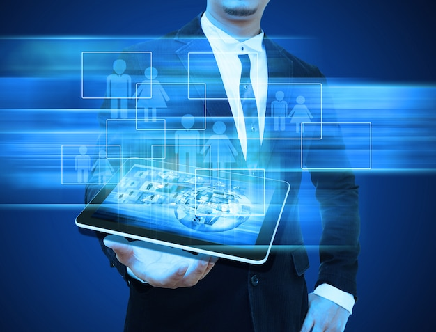 Homme affaires, tenue, tablette, technologie, affaires, concept